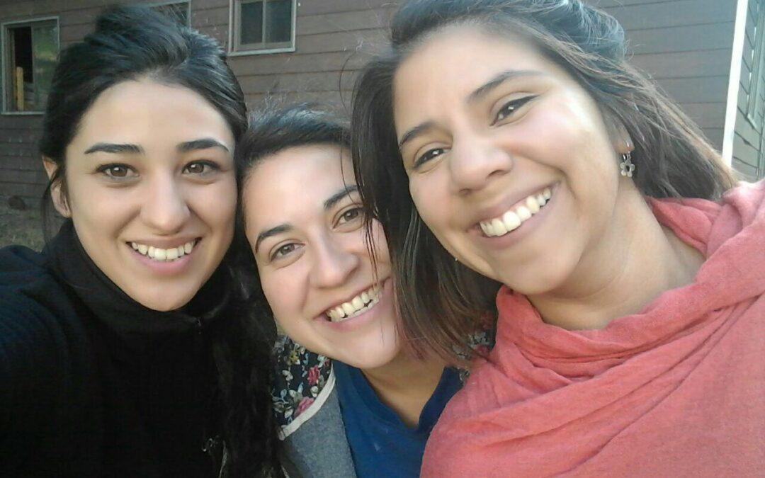 Relatos de una hermana mayor: Caminando con Jesús en el campus y en los corazones